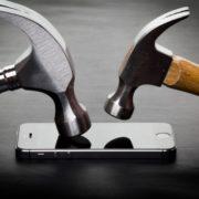 Obrázek: Je lepší fólie, nebo tvrzené sklo? Jak levně ochránit displej nového telefonu