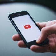 Obrázek: Sledování videí na mobilu? V ČR rychle a kvalitně, umístili jsme se na 2. místě ze 100 zemí