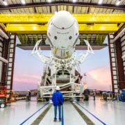 Obrázek: Simulace selhání. SpaceX zkusí, co by se stalo, kdyby se za letu rozpadla raketa nesoucí modul sposádkou