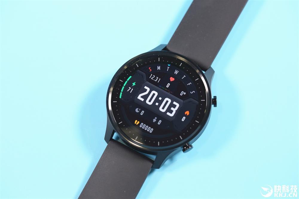 Obrázek: Nové hodinky od Xiaomi mají OLED displej a výdrž 14 dní. Cenou překvapí.