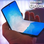 Obrázek: Samsung Galaxy ZFlip: Inspirace smartphonem Motorola RAZR je více než zjevná
