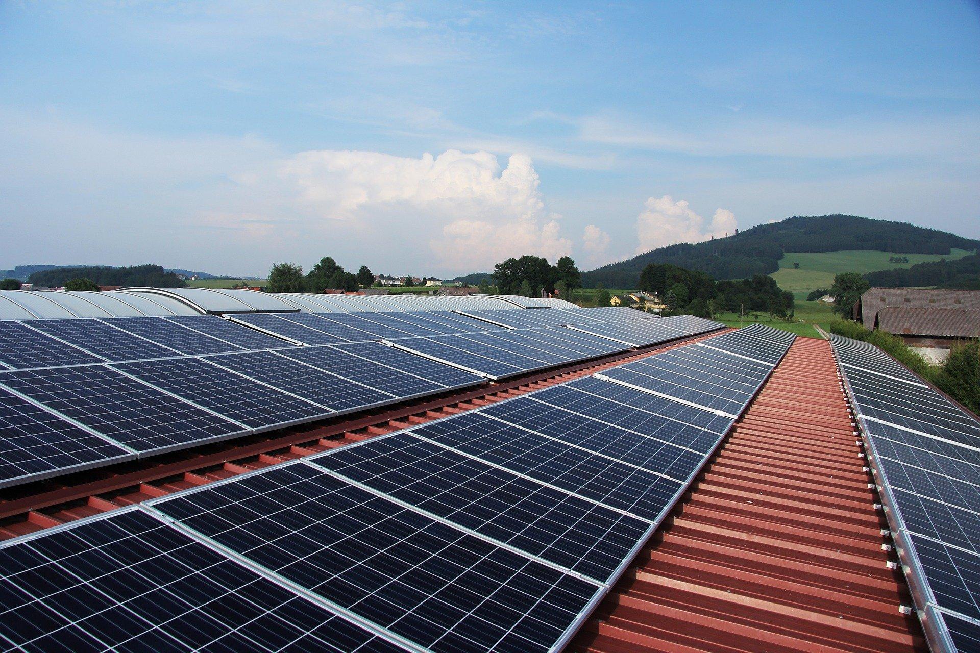 Obrázek: Noční solární panely? Vědci slibují ekologické nabití elektromobilů přes noc