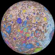 Obrázek: První kompletní geologická mapa Měsíce: Zpoklidu domova si můžeme do detailu prostudovat povrch našeho jediného přirozeného satelitu.