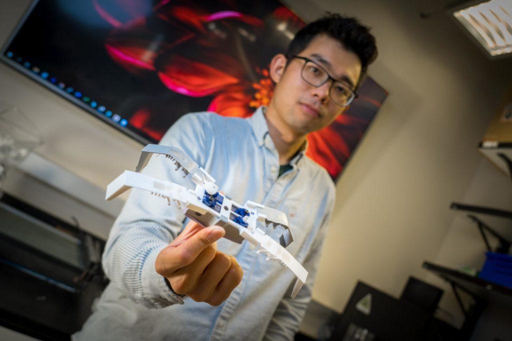 Obrázek: Flexoskeleton: Vědci jsou schopni 3D tisknout roboty připomínající pavouky za necelé 2 hodiny