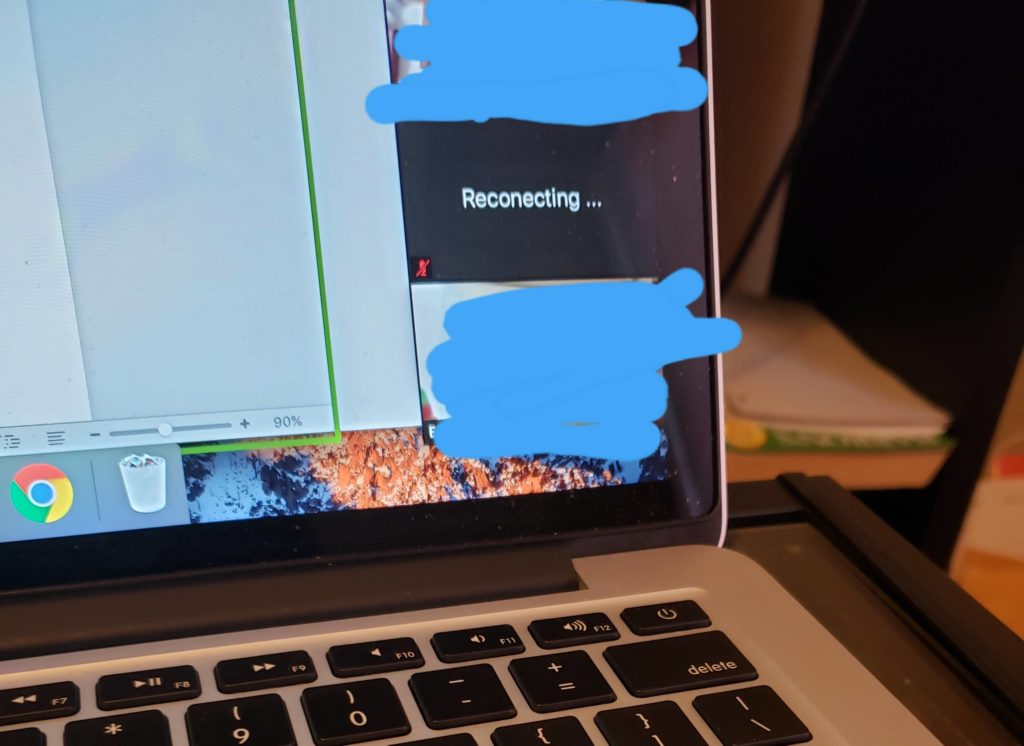 Obrázek: Žák zkusil napálit učitele při výuce přes internet: Kreativně napodobil problémy s připojením