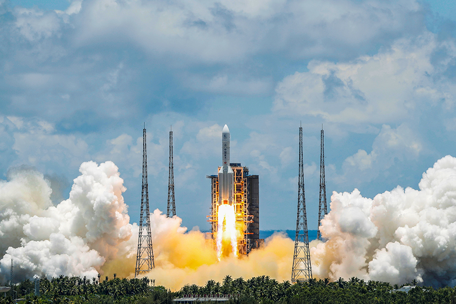 Obrázek: Začal boj o Mars: Čínská raketa úspěšně odstartovala, komu bude planeta patřit?