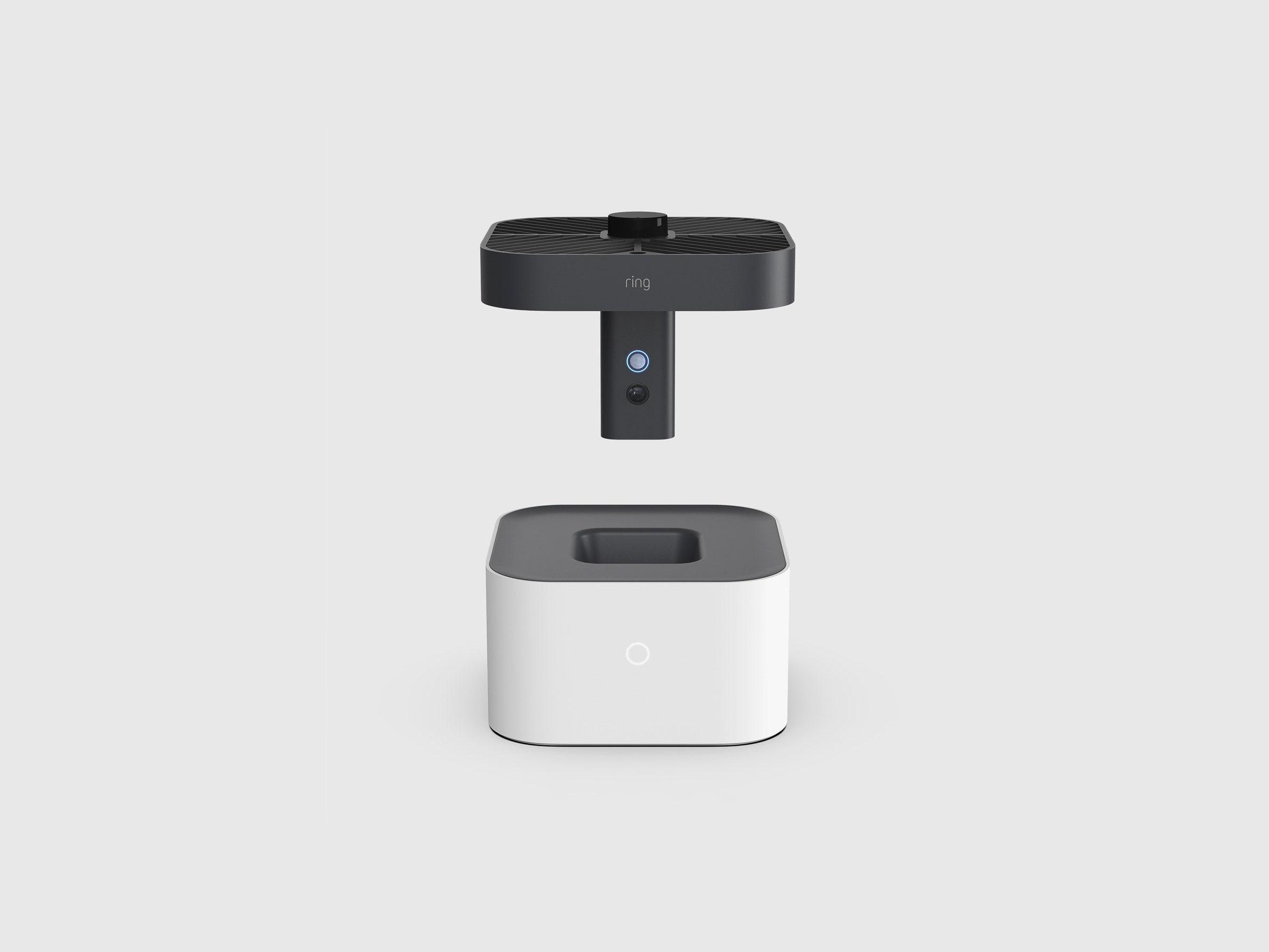 Obrázek: Domácí bezpečnostní kamera vpodobě létajícího dronu? Skvělý nápad, řekl si Amazon