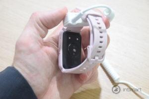 Obrázek: Honor má vlastní Apple Watch: Hranaté hodinky Watch ES mají velký displej i výdrž