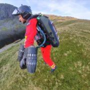 Obrázek: Oblek jako pro Iron Mana: Britové testují raketový batoh pro záchranáře