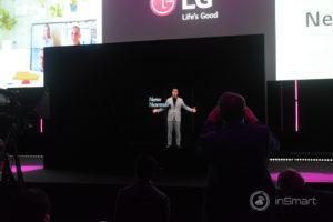 Obrázek: Hologram lepší než ze StarWars: Ředitel LG mluvil na podiu jako hologram