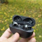 Obrázek: Kvalitní hovory přes sluchátka? Hravě s Huawei FreeBuds Pro