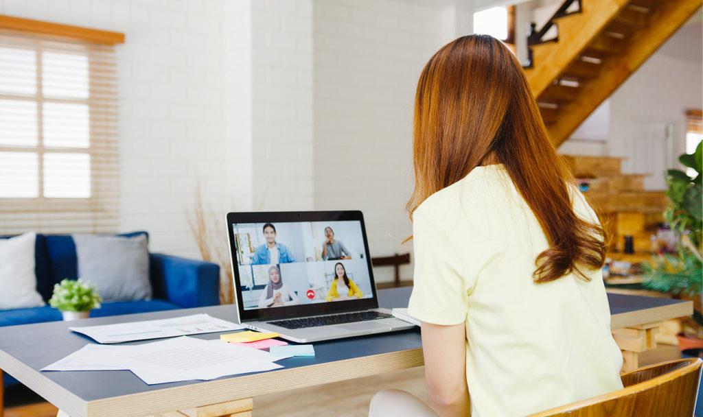 Obrázek: Zaměstnanci by chtěli lepší vybavení a udržitelnější přístup firem