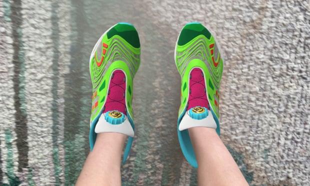 Obrázek: Digitální tenisky: trendy sneakery do virtuální reality?