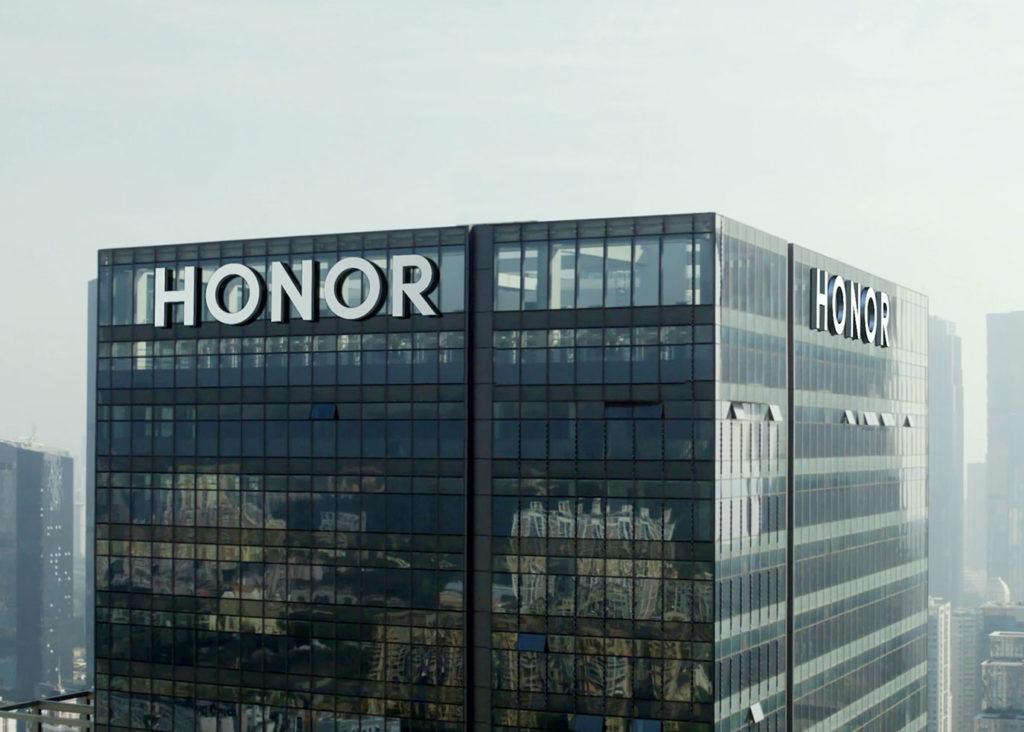 Obrázek: Honor se oddělil od Huawei a vyhlíží Google služby: V roce 2020 prodal 2 miliardy zařízení