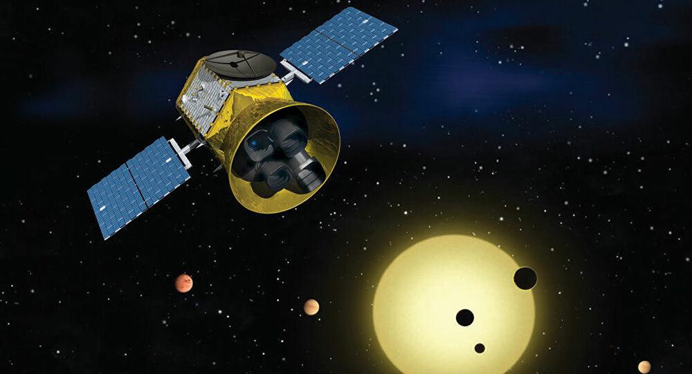 Obrázek: Kolik je ve vesmíru planet podobných Zemi? Satelit TESS má přes 2 200 objevů