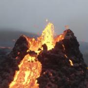 Obrázek: Dronem do vulkánu: Zúžasných záběrů se tají dech
