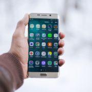 Obrázek: Google a Apple se podvolily Rusku, uživatelům nabídnou státem schválené aplikace