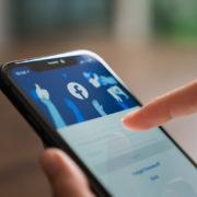 Obrázek: Uniklé e-maily a telefonní čísla z Facebooku: Co radí odborníci z antivirových firem?