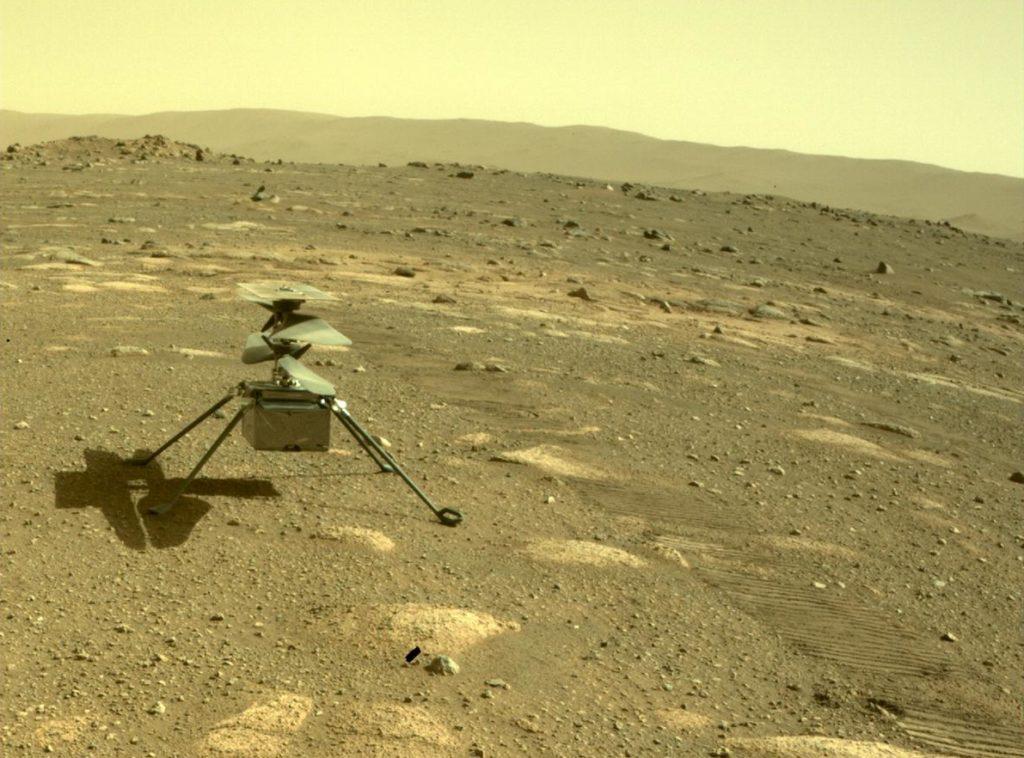 Obrázek: Helikoptéra Ingenuity úspěšně dopadla na povrch Marsu