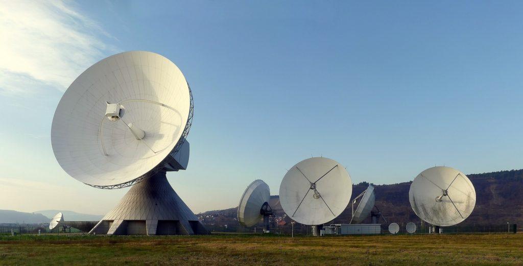 Obrázek: Nejpřesnější vesmírný radar dokáže identifikovat golfový míček na oběžné dráze Země