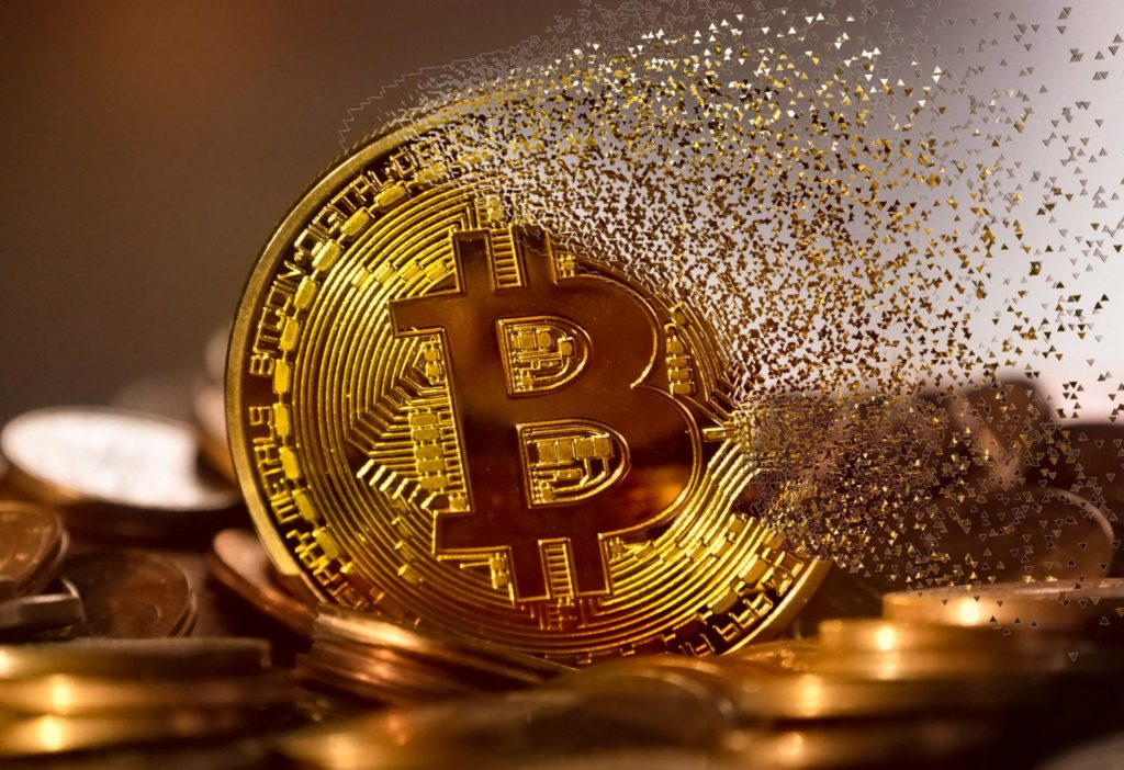 Obrázek: Bitcoin byl pro mnohé drahý, nyní mají šanci nakoupit levněji