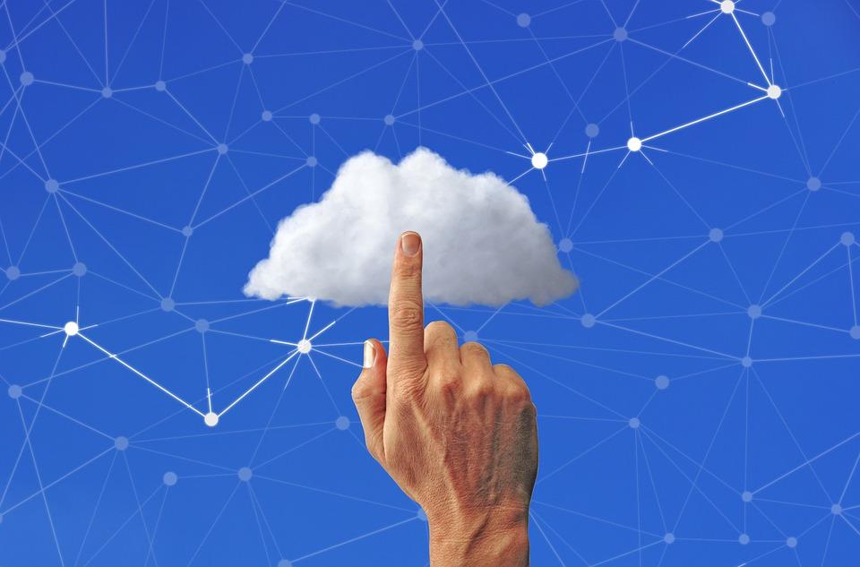 Obrázek: Porušují cloudy AWS a Azure pravidla GDPR?