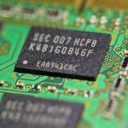 Obrázek: Nedostatek čipů je vážným problémem, trh potrápí alespoň dva roky