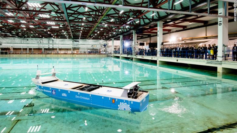 Obrázek: Na elektřinu, bez emisí a bez posádky: Takto vypadá budoucnost lodní dopravy